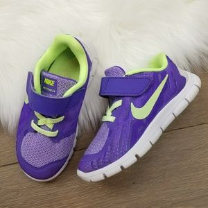 Nike free 5.0 Girls 10C shoes